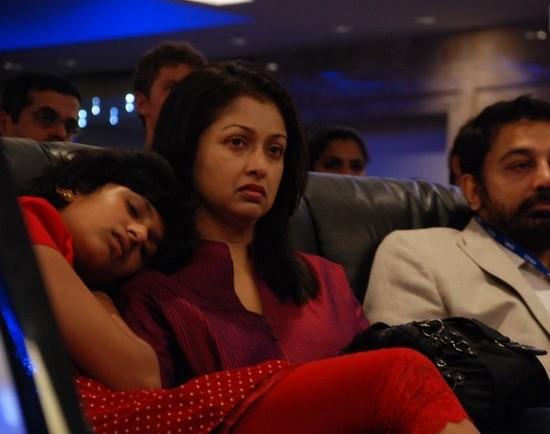 gautami-with-daughter-subbulakshmi-and-Kamal-Hassan-1.jpg