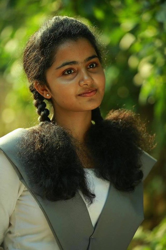 anupama-parameshwaran-Cute-potos-3.jpg