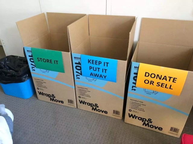Three boxes labeled store, keep, and donate. Photo by Instagram user @debbdesign