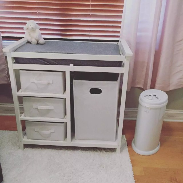 Baby changing station with storage. Photo by Instagram user @ittybittyinthecity