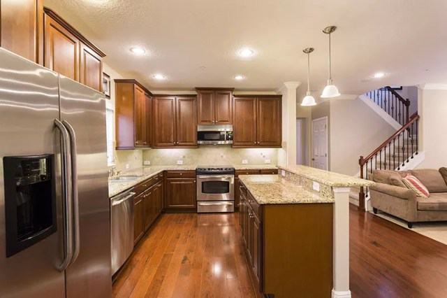 Professional real estate photo of kitchen taken by Harry Lim Photography