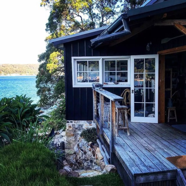 Airbnb rental house on Great Mackerel Beach. Photo by Instagram user @airbnb