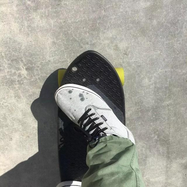 Shoe on mini skateboard. Photo by Instagram user @bureo