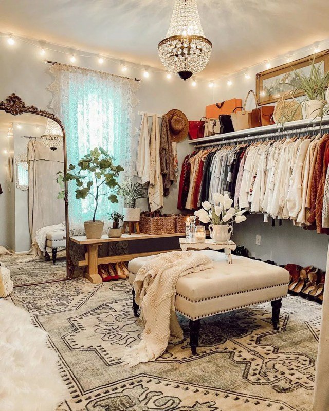 Bohemian-style walk-in closet. Photo by Instagram user @patina_pine