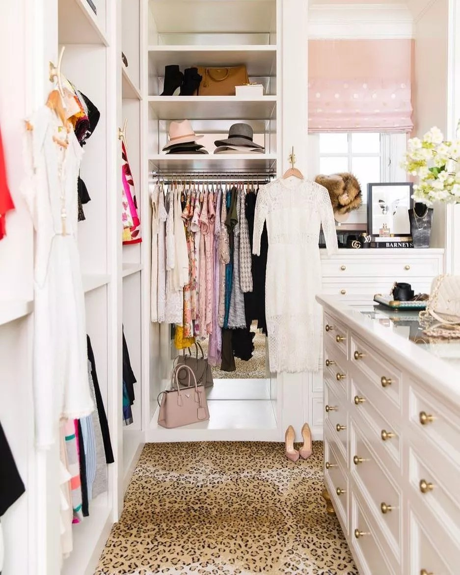 Leopard print carpet in walk-in closet. Photo by Instagram user @melindabrowning