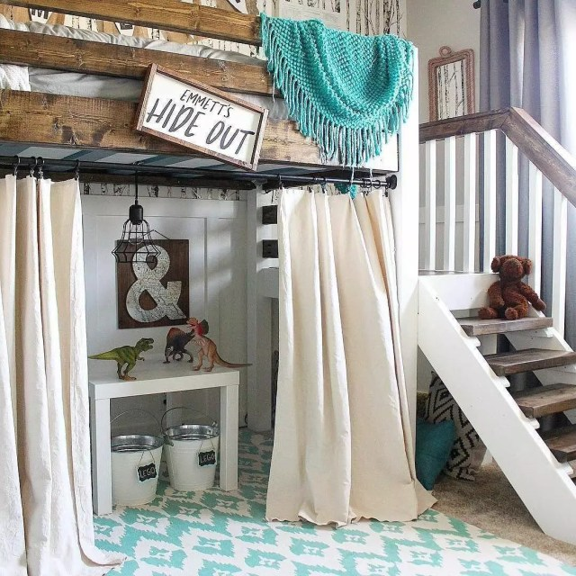 Bunk Bed with Playful Hidout Underneath. Photo by Instagram user @thediymommy