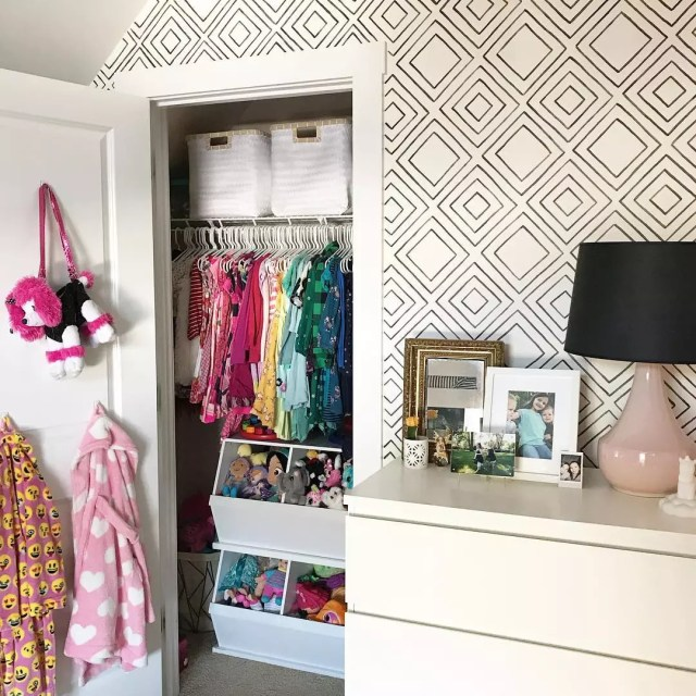 Kids Closet with Open Storage Bins. Photo by Instagram user @_thepigeonhouse_