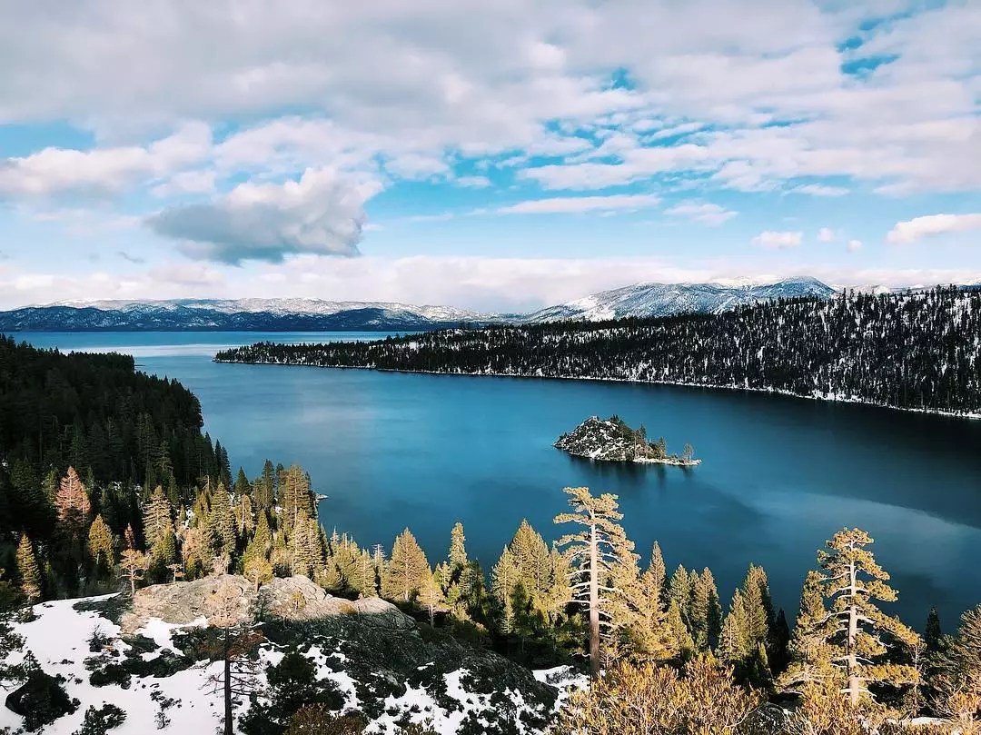 Aerial View of Lake Tahoe. Photo by Instagram user @_albina