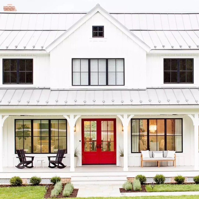 Farmhouse-style home with large porch. Photo by Instagram user @thefrenchrooster