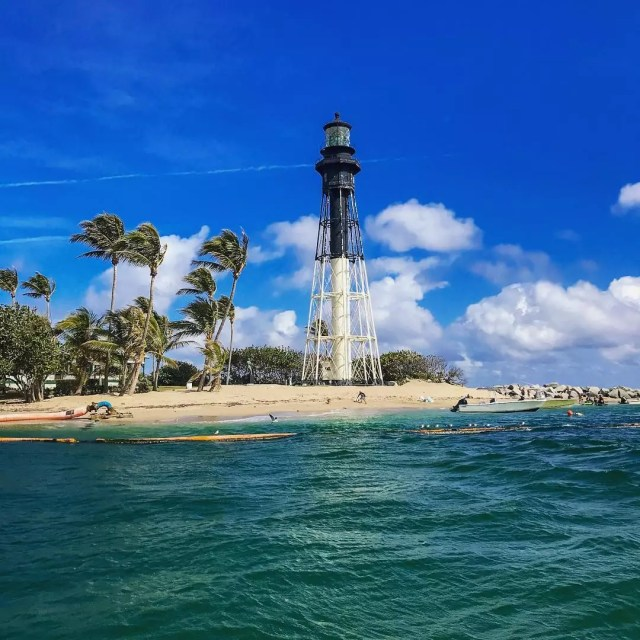 Tall lighthouse sits on Pompano Beach. Photo by Instagram user @elevate_imagery_inc