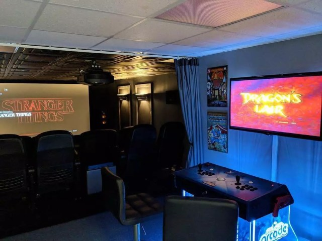 Home theater with game console. Photo by Instagram user @elite_screens