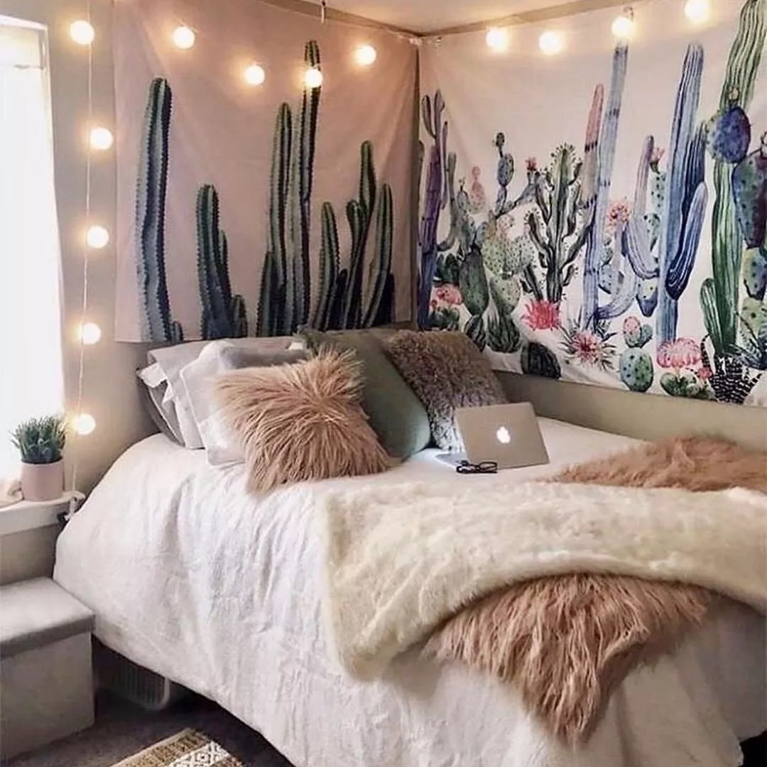 College Dorm Room with Twinkling String Lights. Photo by Instagram user @decospacio.diy
