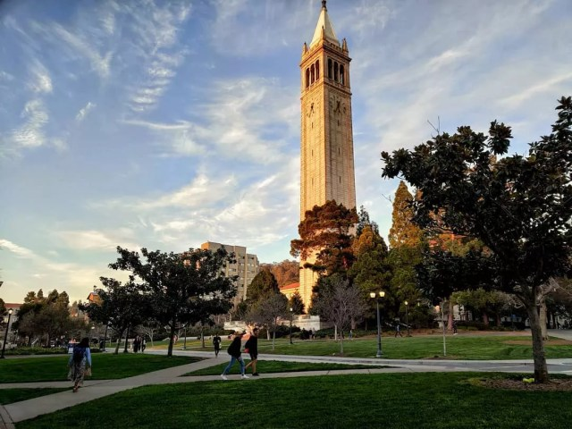 Cal Berkeley Campus Clocktower Photo by Instagram user @berkeleytime.lapse