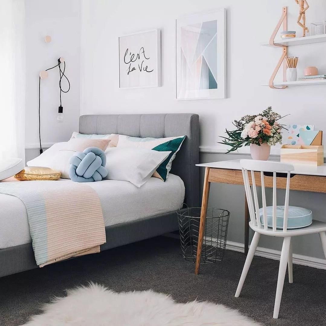 Teen Bedroom with Fun, Bright, Modern Theme. Photo by Instagram user @interiormotiveaus