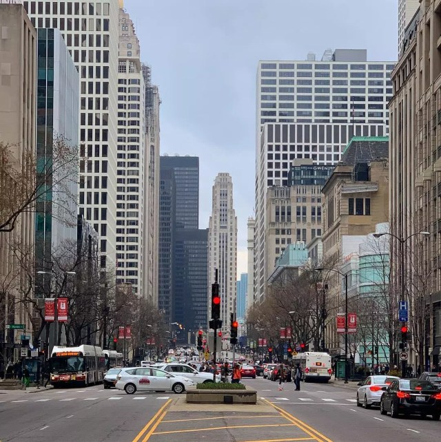 Tall skyscrapers along the Magnificent Mile in Near North Side, Chicago. Photo by Instagram user @ed_o1977