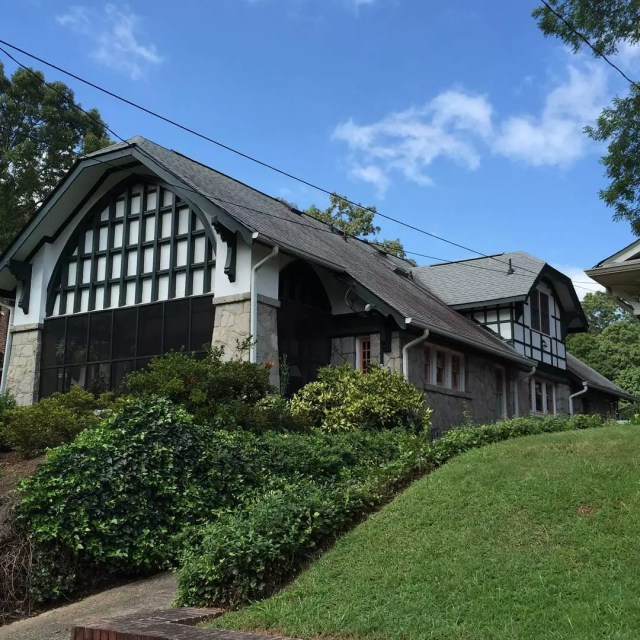 White and brown bungalow house in Candlar Park in Atlanta. Photo by Instagram user @oldgeorgiahomes