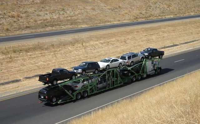 Truck of cars being transported. Photo by Instagram user @directconnectauto