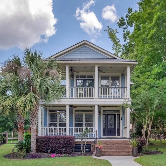 House in North Charleston, SC. Photo by Instagram user @dedeandbvteam