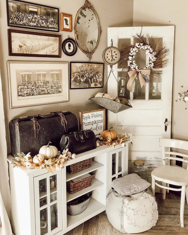 21 Antique & Vintage Home Decor Ideas | Extra Space Storage