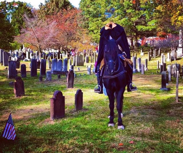 Headless horseman in a cemetery. Photo by Instagram user @dmitry217