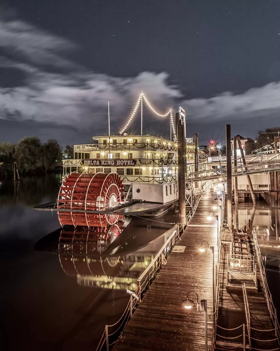 Riverboat with lights on it. Photo by Instagram user @mattfraser9