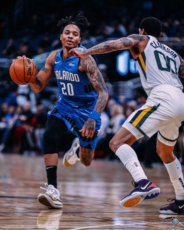 Basketball player from Orlando Magic dribbling ball. Photo by Instagram user @orlandomagic