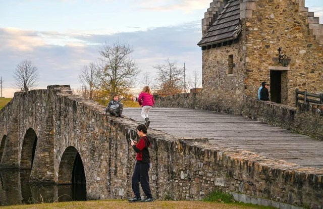 Kids playing on bridge in Blount Cultural Park. Photo by Instagram user @cokomone