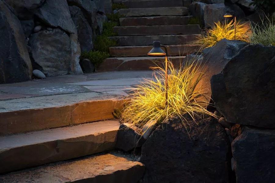 walkway set up with small walkway lighting photo by Instagram user @beaconoutdoorlighting