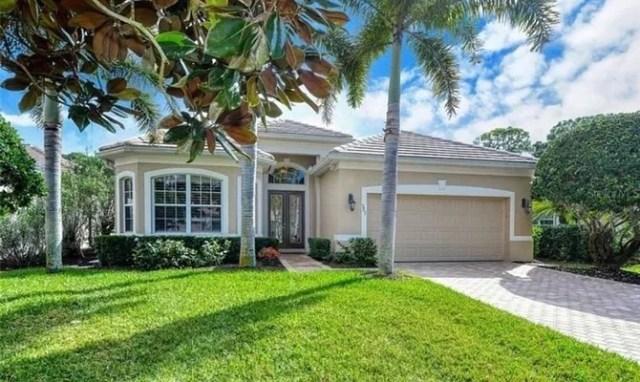 House in Osprey, FL. Photo by Instagram user @judysrq