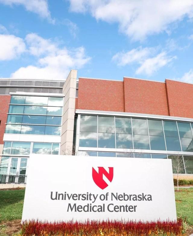 Sign Outside of the University of Nebraska Medical Center. Photo by Instagram user @iamunmc