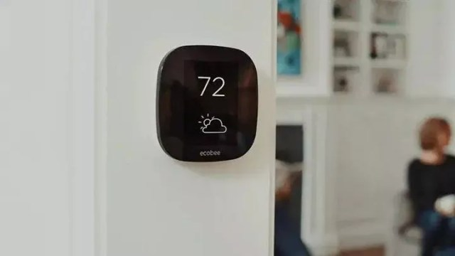 Smart Ecobee Thermostat. Photo by Instagram user @wholesalehome_