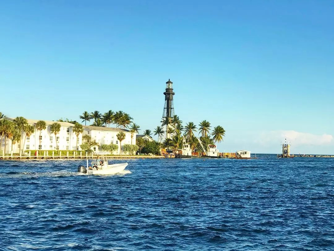 View of the Hillsboro Inlet Light. Photo by Instagram user @modernfloridamom