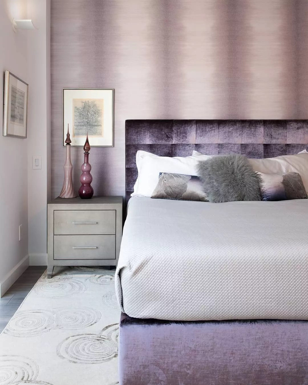 Bedroom with lavender-colored walls. Photo by Instagram user @cori_thune_interiors.