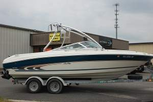 SeaRay 210