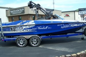 Axis A22 Wakeboarding Boat