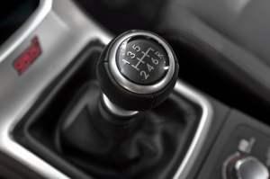 Manual transmission remote car starter