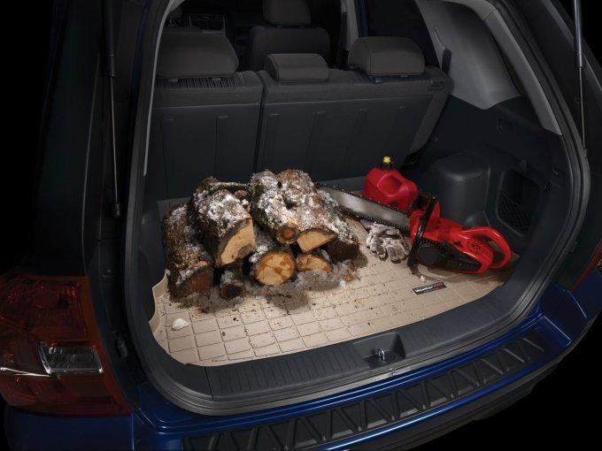 weathertech hatch mat in use