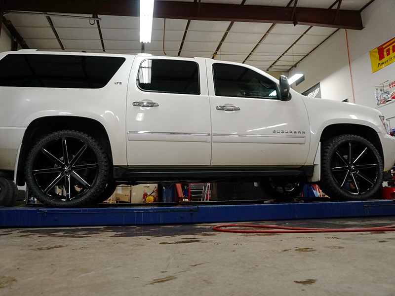 2010 Chevrolet Suburban 1500 24x95 Dub Wheels 28540R24
