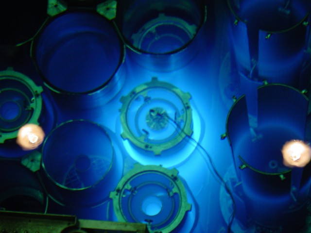 A high flux isotope reactor