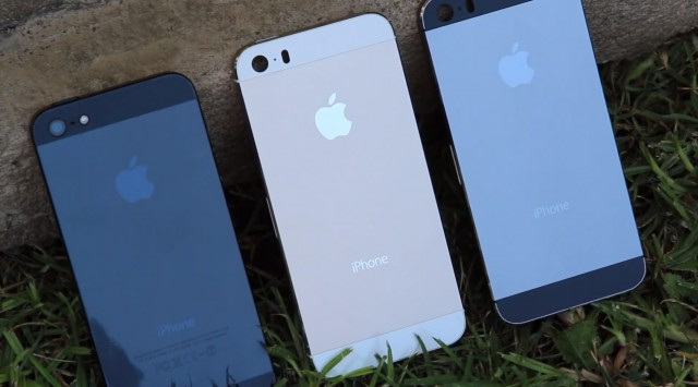 iPhone 5S, in black, champagne, and graphite