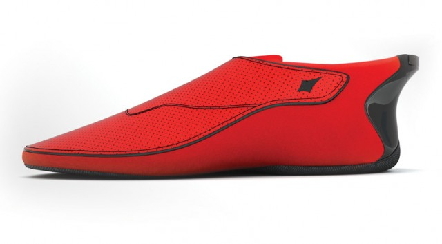 Lechal smartshoe, in red