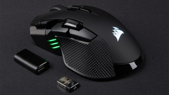 At a Glance: Corsair Ironclaw RGB Wireless Review 1