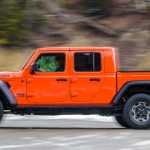2020 Jeep Gladiator Review You Know You Want This Off Roading Pickup Extremetech