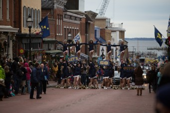 Military-Bowl-2015-Parade-KC-25