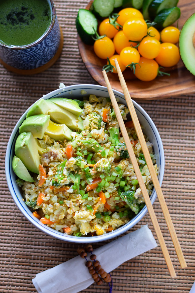 heathy, low carb Asian cauliflower fried rice