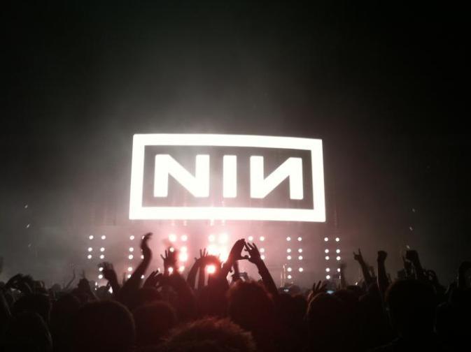 """Nine Inch Nails toca """"The Perfect Drug"""" 21 años después"""