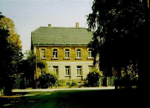 Eythra Neuhofer Straße 8