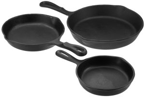 Universal Housewares Pre-Seasoned Cast Iron 3 Piece Skillet Set
