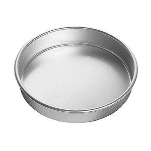 Wilton Aluminum Decorator Preferred 6 by 3-Inch Round Pan