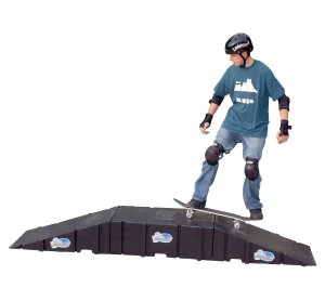 Landwave Skateboard Starter Kit with 2 Ramps and 1 Deck